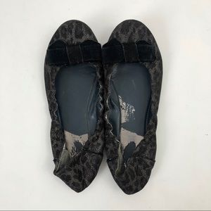Kenneth Cole Reaction Black Leopard Bow Flats